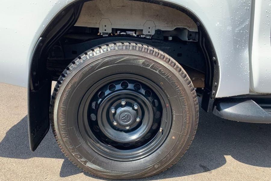 2015 Toyota HiLux GUN126R SR Utility