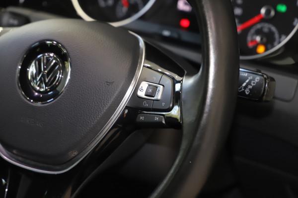 2016 MY17 Volkswagen Golf VII  110TSI Highline Hatch
