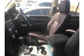 2013 MY14 Mitsubishi Pajero NW MY14 GLX Suv Image 5