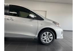 2017 Toyota Yaris NCP130R Ascent Hatchback Image 3