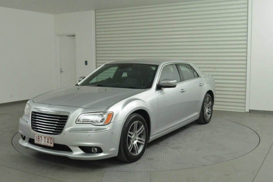2013 Chrysler 300 LX C Sedan Mobile Image 1