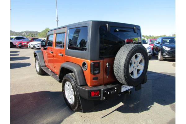 2011 Jeep Wrangler JK MY2011 UNLIMITED Softtop Image 4