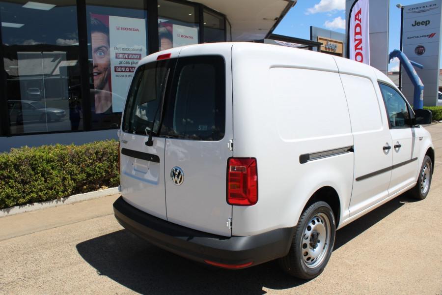 2020 Volkswagen Caddy 2K Maxi Van Lwb van Image 8
