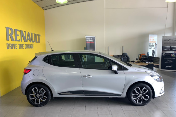 2019 Renault Clio IV B98 Phase 2 Life Hatch Image 2
