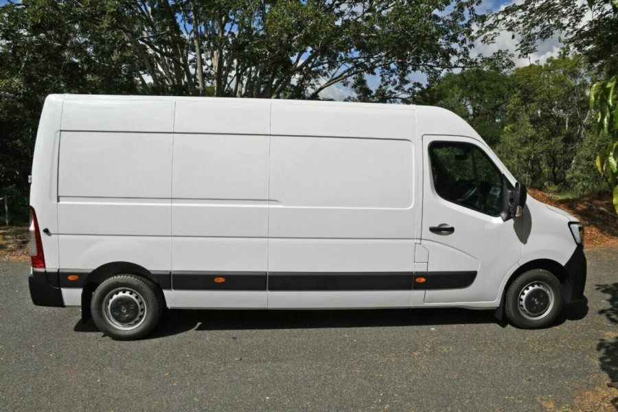 2020 MY21 Renault Master X62 Phase 2 MY21 Pro Mid Roof LWB AMT 110kW Bus