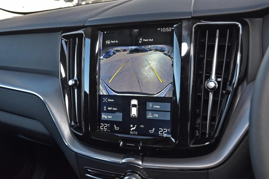 2019 Volvo XC60 UZ D4 Momentum Suv Mobile Image 14