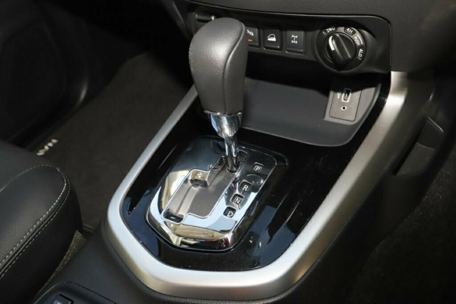 2020 Nissan Navara D23 Series 4 ST-X 4x4 Dual Cab Pickup Utility Image 21