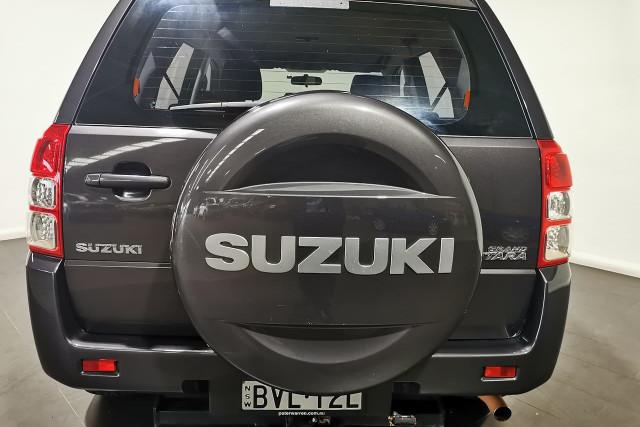 2011 Suzuki Grand Vitara JB Suv Image 5