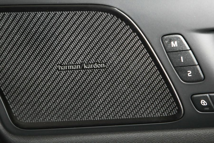 2019 MY20 Volvo V60 (No Series) T5 Momentum Wagon Mobile Image 17