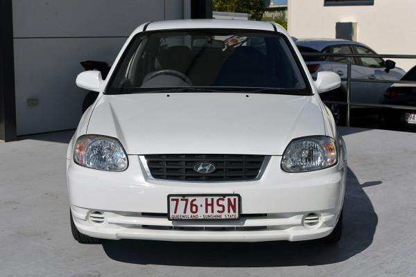 2004 Hyundai Accent LC MY04 GL Hatchback Image 3