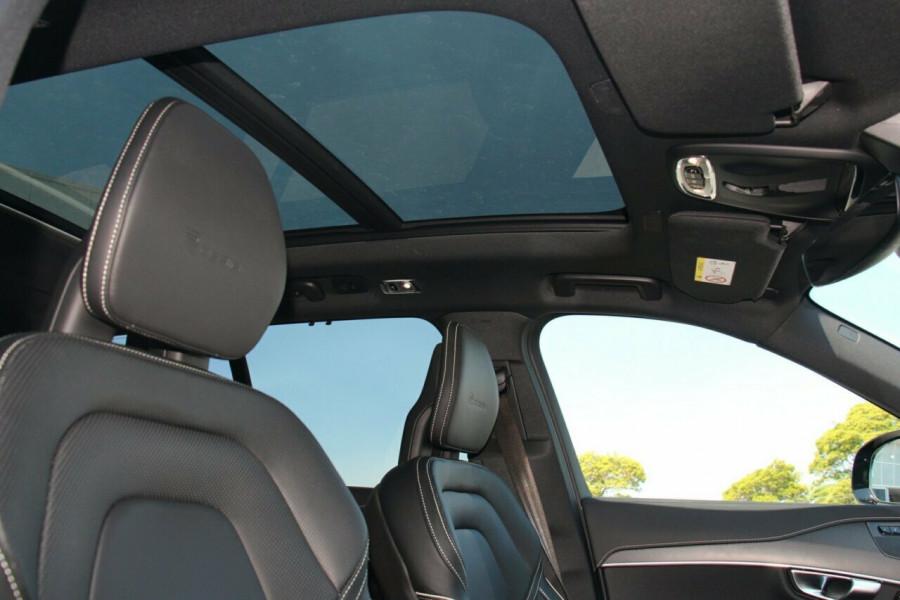 2019 MY20 Volvo XC90 L Series T6 R-Design Suv Mobile Image 16