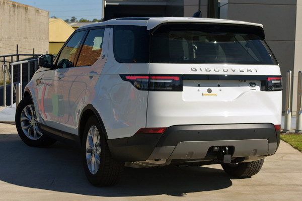 2019 Land Rover Discovery Series 5 SE Suv Image 4