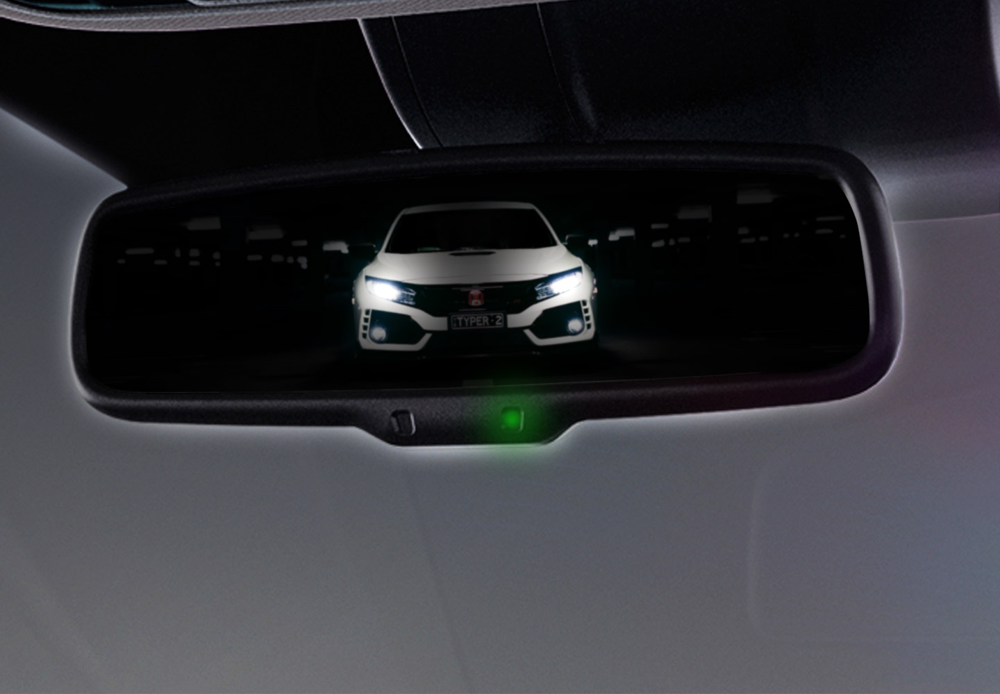 "<img src=""Auto-Dimming Rear View Mirror"