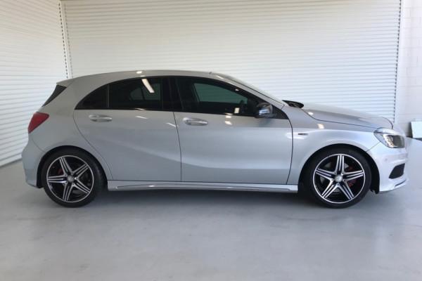 2015 MY55 Mercedes-Benz A250 W176 805+055MY A250 Hatchback Image 2