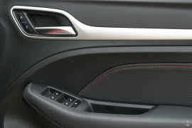 2021 MG ZST S13 Excite Wagon image 12