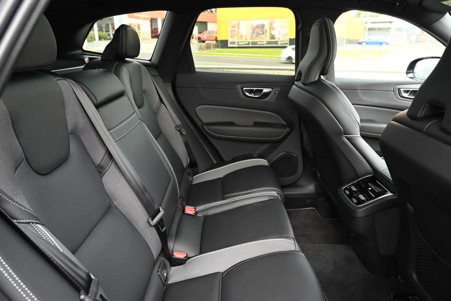 2020 MY21 Volvo XC60 UZ T6 R-Design Suv Image 11