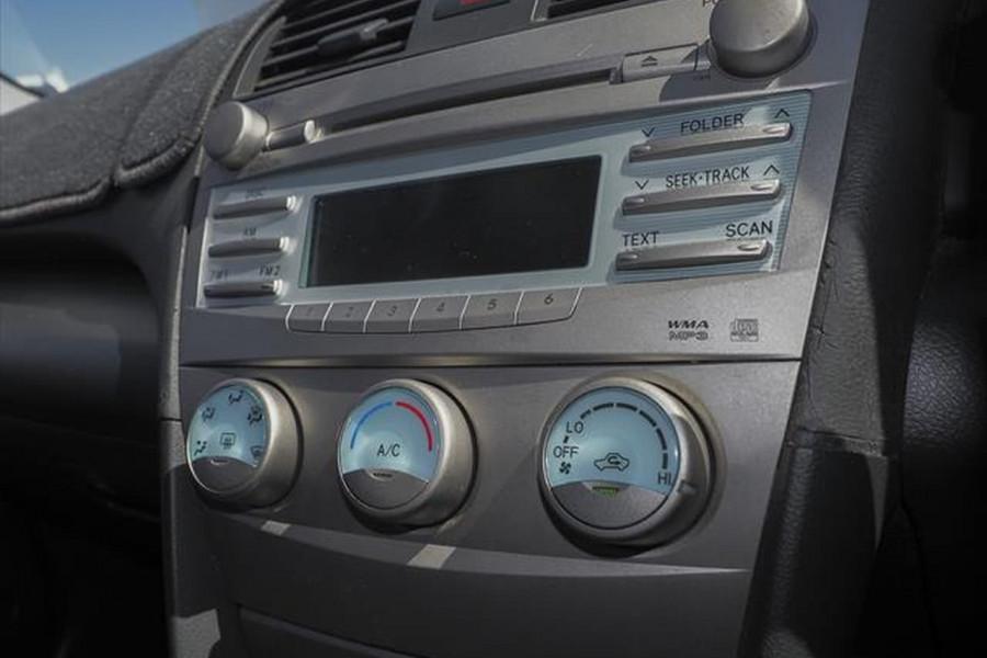 2006 Toyota Camry ACV40R Altise Sedan Image 9