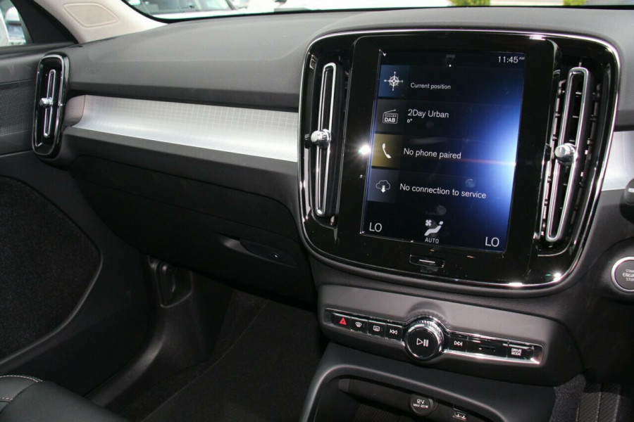 2019 MY20 Volvo XC40 XZ T4 Momentum Suv Mobile Image 10