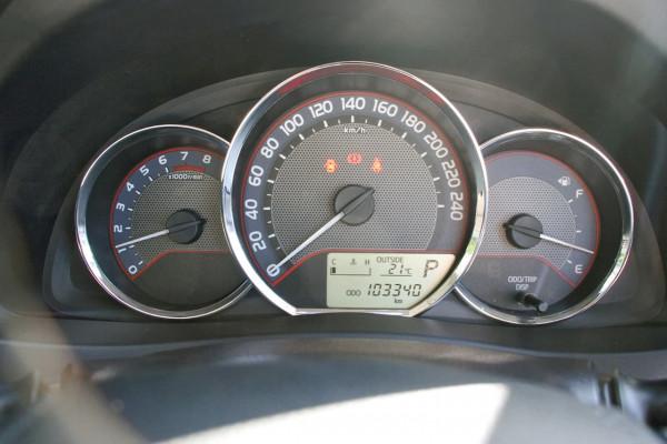 2013 Toyota Corolla ZRE182R Ascent Sport Hatchback image 11