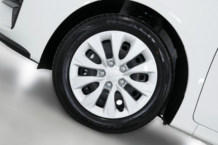 2019 MY20 Kia Cerato Sedan BD S with Safety Pack Sedan Image 20