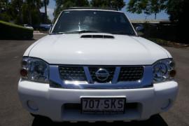Nissan Navara MY12 D2