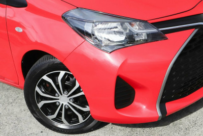 2016 Toyota Yaris NCP130R Ascent Hatchback Image 2