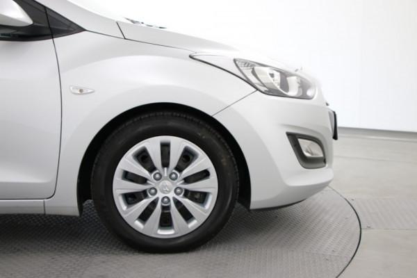 2014 Hyundai I30 GD2 Active Hatch Image 5