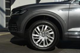 2020 Volkswagen Touareg CR 190TDi Suv Image 5