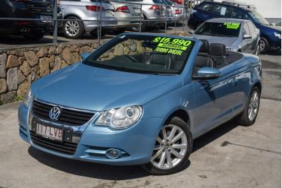 2009 Volkswagen Eos 1F MY09 103TDI Convertible Image 2