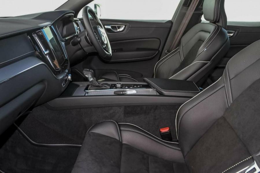 2019 Volvo XC60 UZ T6 R-Design Suv Mobile Image 8