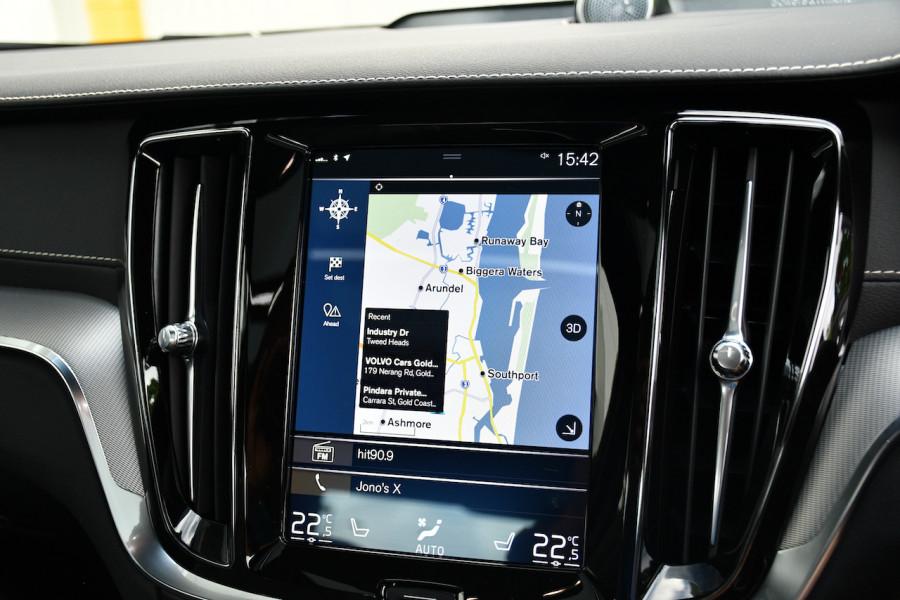 2019 MY20 Volvo S60 Z Series T8 R-Design Sedan Image 16