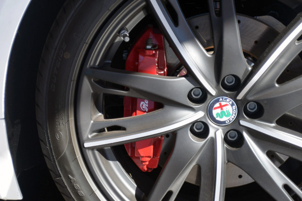 2018 MY17 Alfa Romeo 4C Series 1 Coupe Coupe