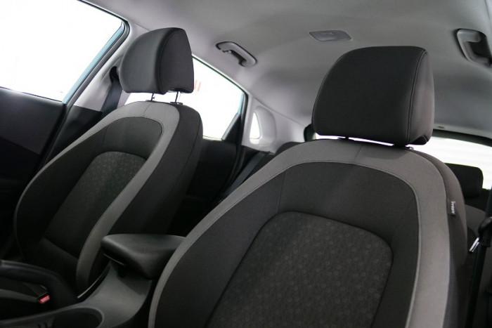 2017 MY18 Hyundai Kona OS Active Suv Image 8