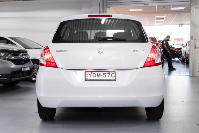2015 Suzuki Swift FZ GL Hatchback Image 5