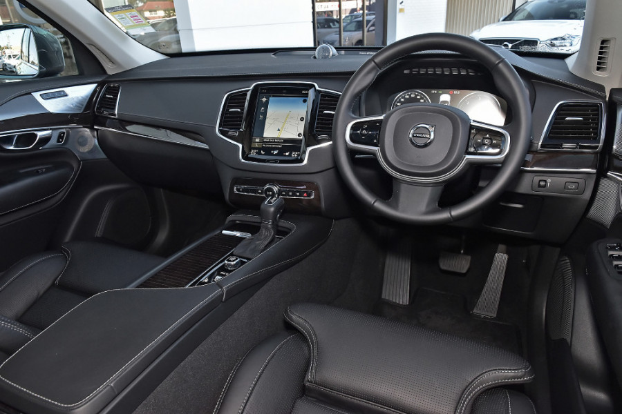 2019 Volvo XC90 L Series D5 Inscription Suv Mobile Image 8
