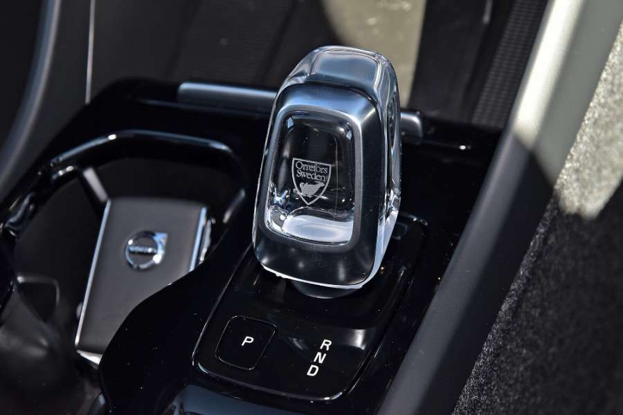2019 Volvo XC40 XZ T4 Inscription Suv Mobile Image 19