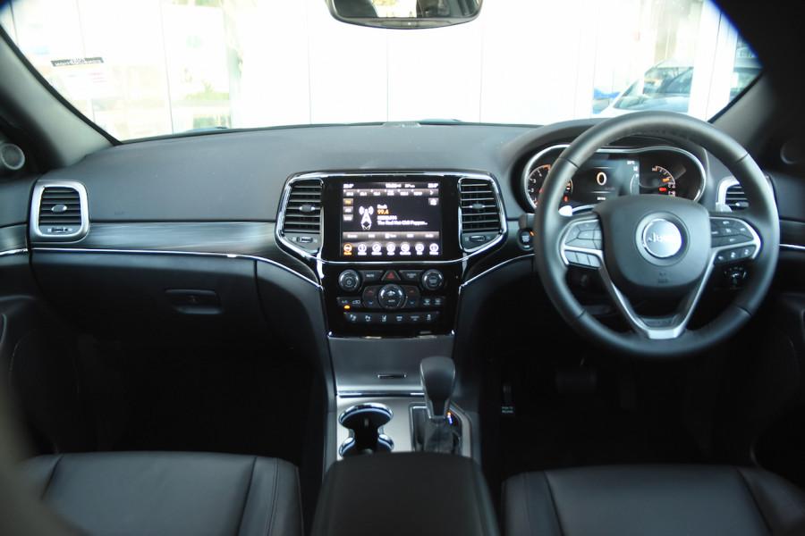 2019 Chrysler Grand Cherokee LIMITED 4x4 3.0LT/D 8Spd Auto Wagon Image 8