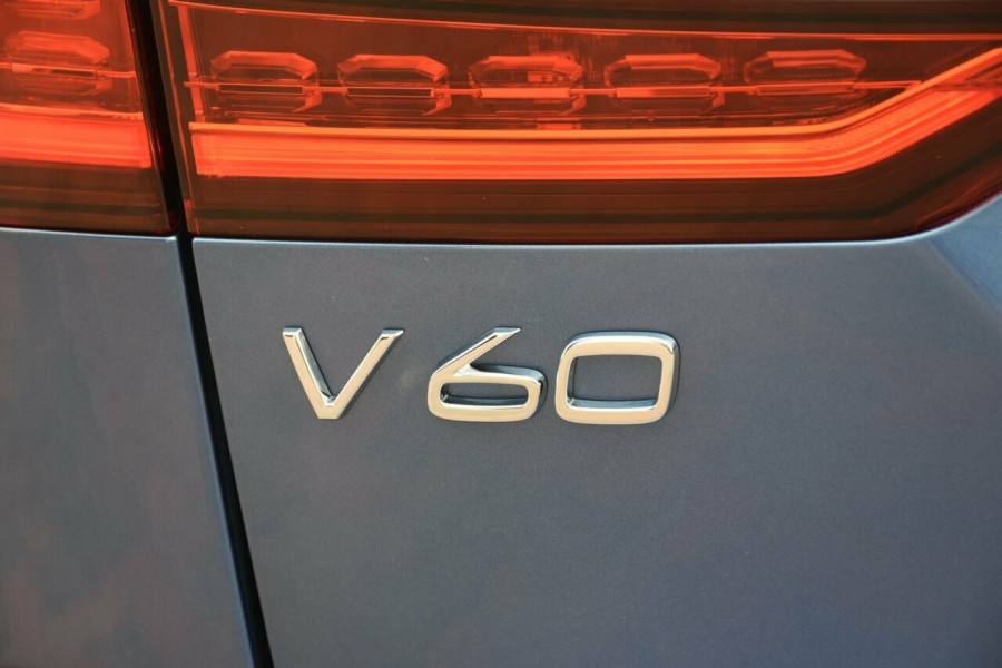 2019 MY20 Volvo V60 Z Series MY20 T5 Geartronic AWD R-Design Wagon Mobile Image 19