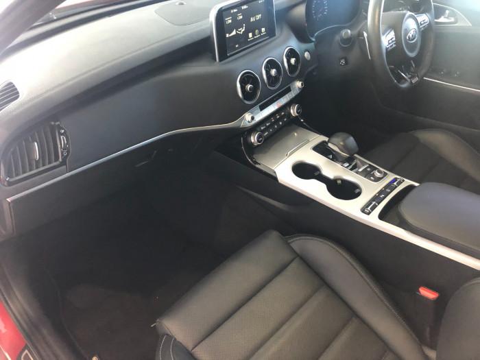 2017 MY18 Kia Stinger CK GT Sedan Image 4