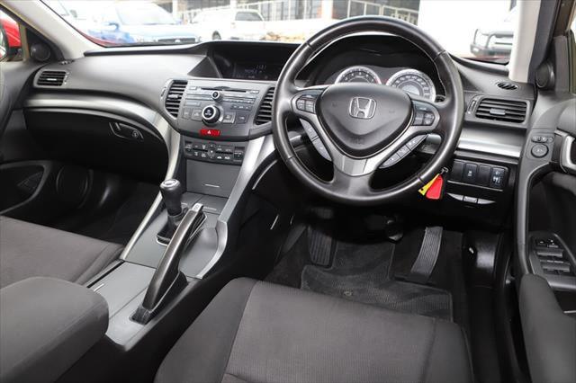 2012 Honda Accord Euro 8th Gen MY13 Sedan Image 11