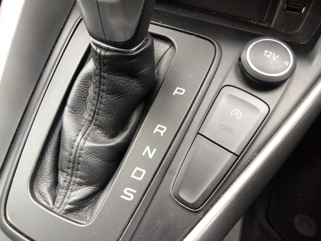 2017 Ford Focus LZ TREND Hatchback Image 12