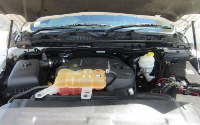 2017 Dodge Ram JC SXT Wagon Image 3