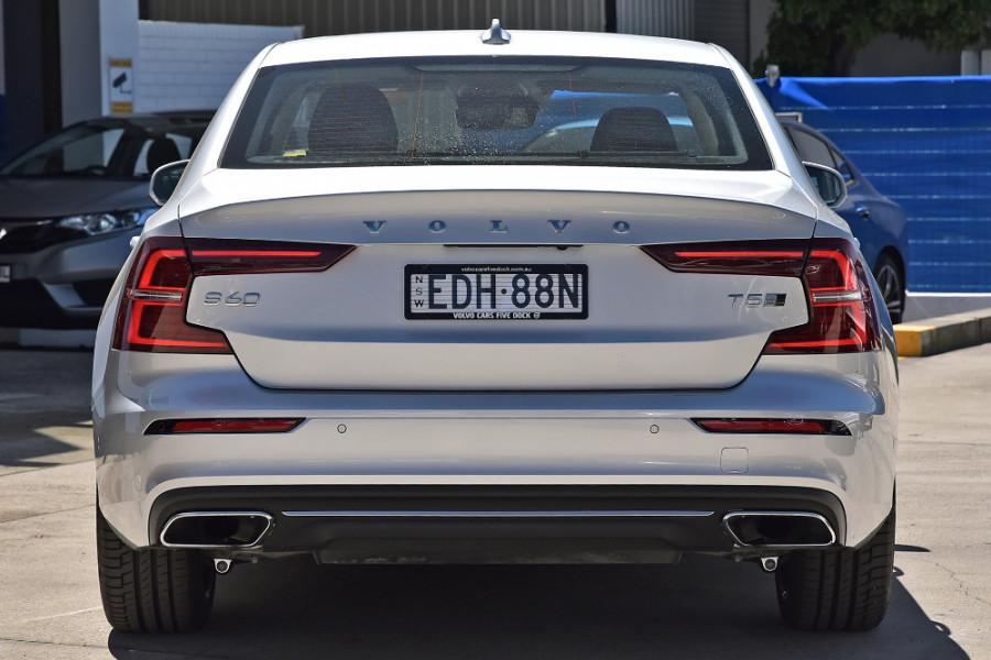 2020 Volvo S60 Z Series T5 Inscription Sedan Mobile Image 8