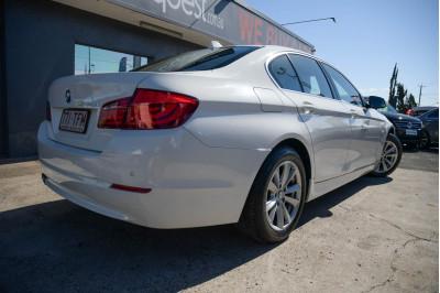 2011 MY12 BMW 5 Series F10 520d Sedan Image 3