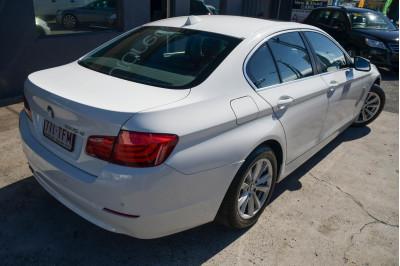 2011 MY12 BMW 5 Series F10 520d Sedan Image 4