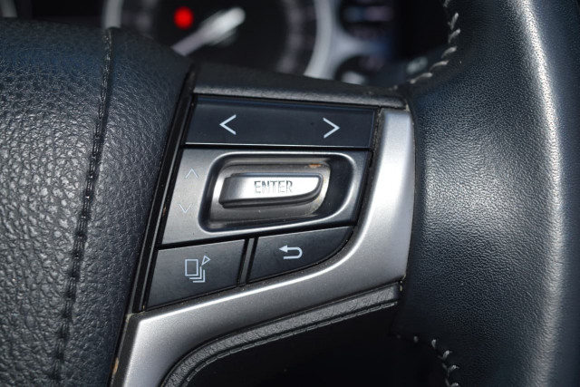 2016 Toyota Landcruiser VX 9 of 25