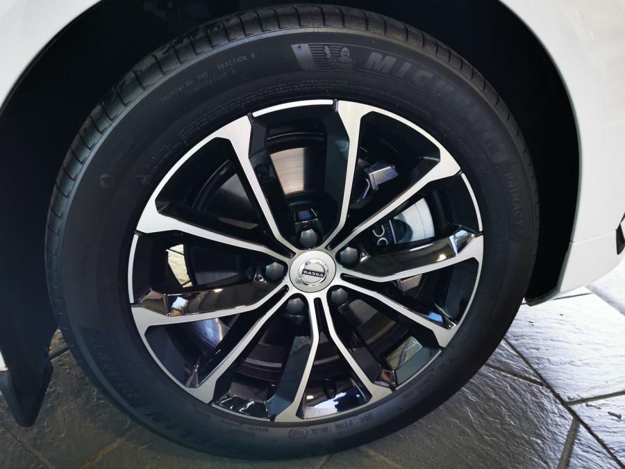2019 Volvo V60 (No Series) MY20 T5 Momentum Wagon Image 9