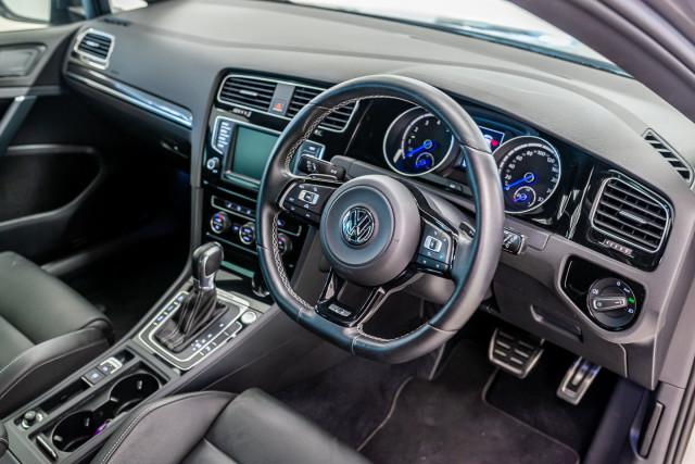 2016 Volkswagen Golf 7 R Hatchback Image 18