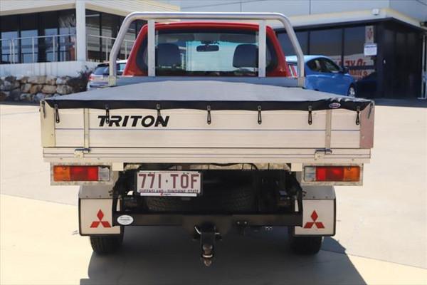 2013 Mitsubishi Triton MN MY14 GL Cab chassis