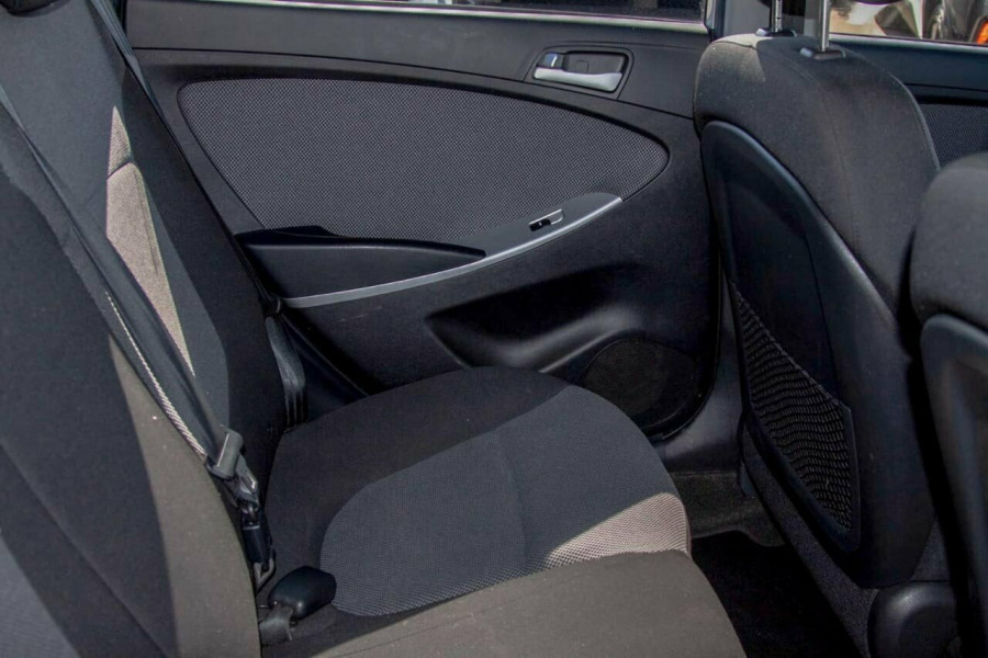 2013 Hyundai Accent RB2 Active Hatchback Image 7